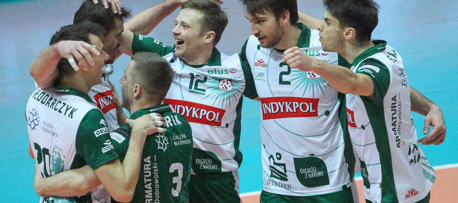 W szerokiej kadrze znaleźli się m.in. (od lewej) Wojciech Włodarczyk, Daniel Pliński, Paweł Woicki (numer 12) i Aleksander Śliwka (pierwszy z prawej)