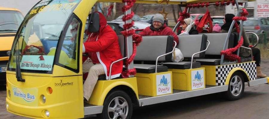 Specjalna atrakcją imprezy będzie Eko-bus Świetego Mikołaja, który w godzinach od 10:00 do 13:00 będzie woził chętnych pomiędzy targowiskiem wiejskim a GOK-iem