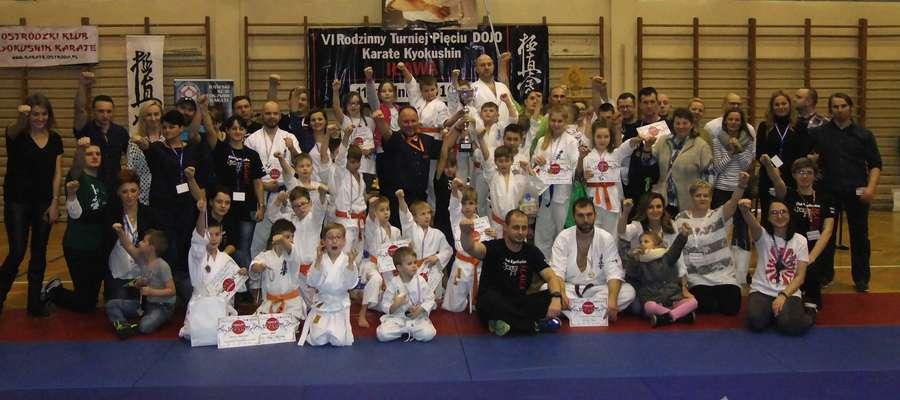 Reprezentanci Iławskiego Klubu Kyokushin Karate po raz drugi z rzędu wygrali turniej V Dojo