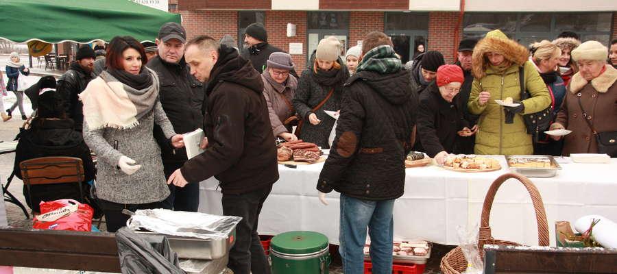 Podczas Wigilii można było posmakować tradycyjnych świątecznych potraw