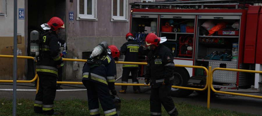 Tragiczny pożar na ulicy Kopernika. Nie żyje starszy mężczyzna