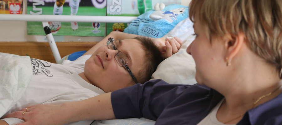 15-letni Krystian Jackowski z Olsztyna choruje na ostrą białaczkę limfoblastyczną. Ale nie poddaje się. Jest już po pierwszym etapie leczenia i ma nadzieję, że wkrótce znów zagra w piłkę