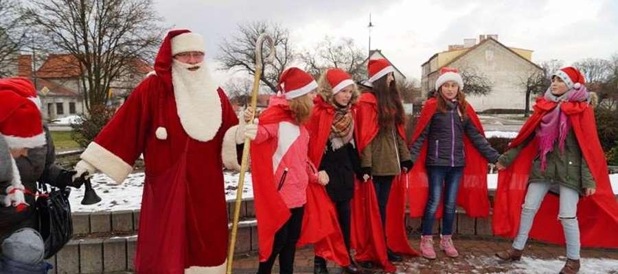 Święty Mikołaj obdarował grzecznych mieszkańców Bisztynka