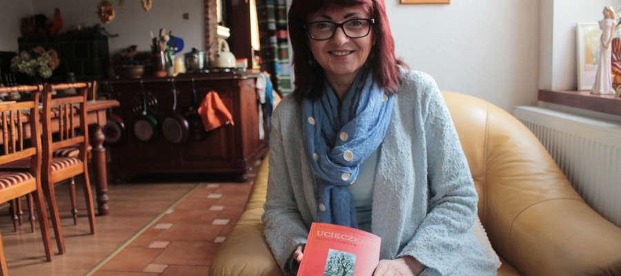 Anna Osowska: — To jest inna książka, na pewno jest weselsza