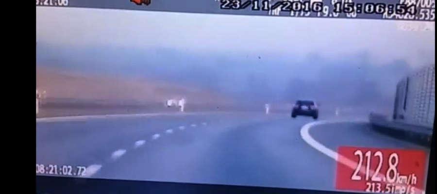 W okolicach Ostródy kierowcy lubią przycisnąć pedał gazu, w listopadzie jeden miał na liczniku ponad 200 km/h