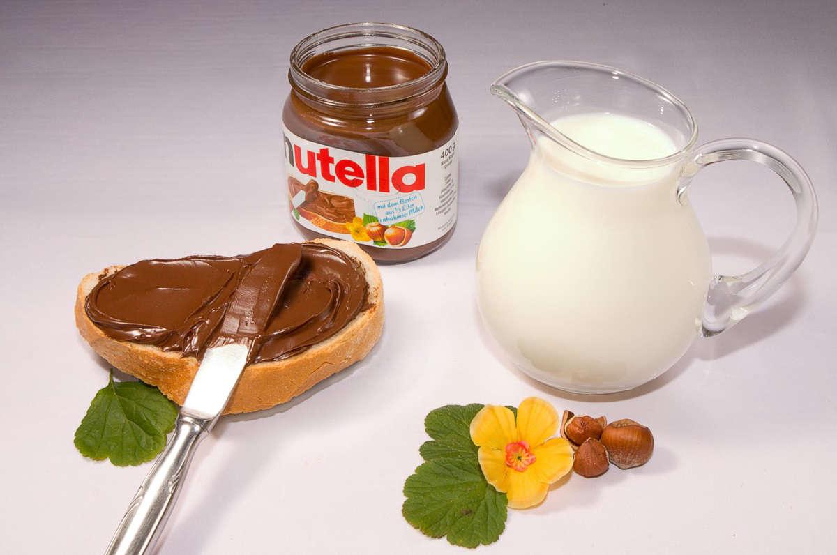 Nutella jest rakotwórcza? Włoskie sklepy wycofują ją ze sprzedaży - full image