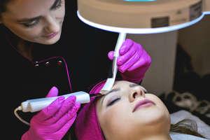 Szukamy najlepszych salonów kosmetycznych i fryzjerskich