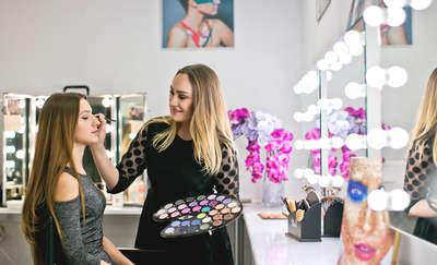Głowa na ślub gotowa - zadbaj o modną fryzurę i makijaż