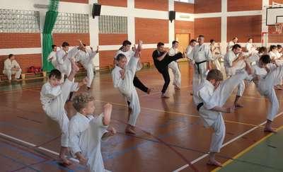 Trudny egzamin oleckich karateków