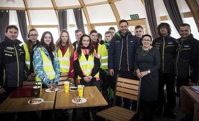 Klasa o profilu narciarskim w nowomiejskim gimnazjum z Kurzą Górą na zajęcia praktyczne