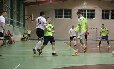 Ostatnia kolejka futsalowych mistrzostw powiatu. NA ŻYWO