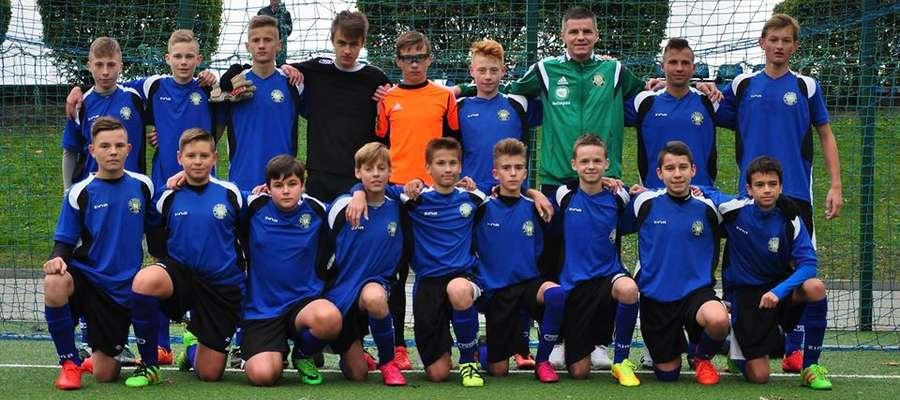 Drużyna GKS-u Wikielec gra przede wszystkim w tradycyjnej lidze piłkarskiej, tu na iławskim stadionie