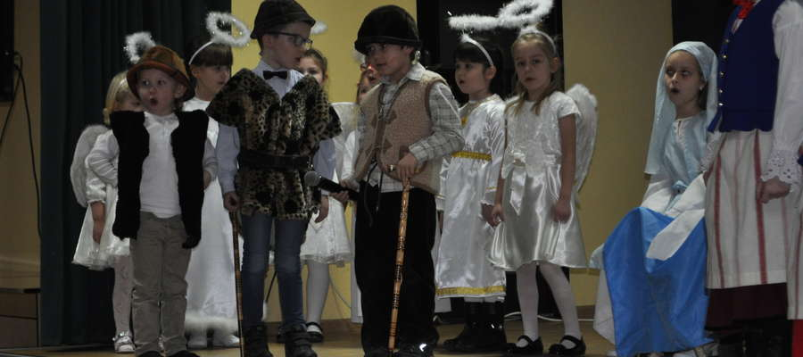 Najmłodsi wykonawcy na kurzętnickiej scenie