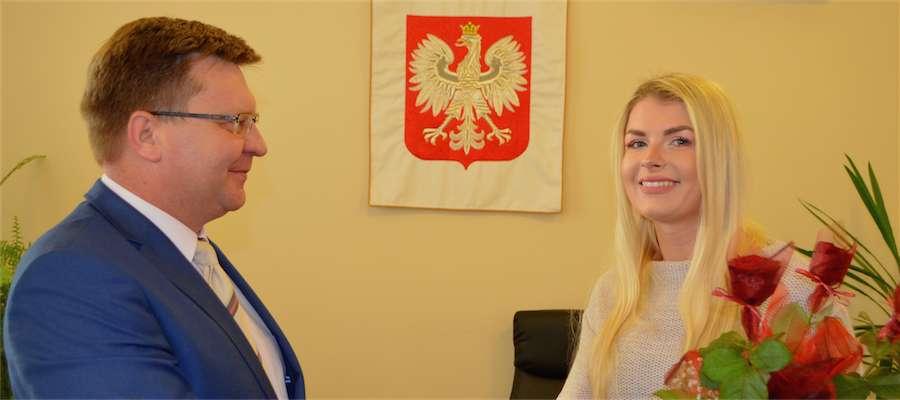 Monika Ewa Oseńko na spotkaniu z wójtem gminy Giżycko Markiem Jasudowiczem