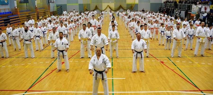 W egzaminie udział wzięło kilkaset osób, w tym kilkudziesięciu karateków z Iławy