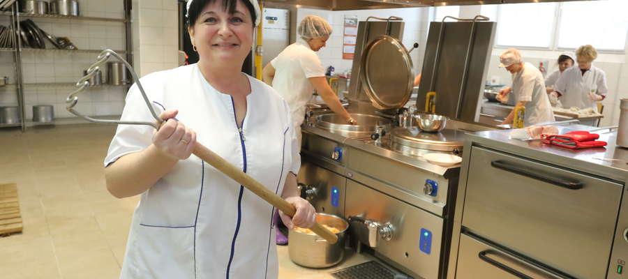 Małgorzata Nagórska: Mamy dwie przerwy obiadowe, każda po 20 minut. Małe dzieci jedzą w innych godzinach niż starsze. Wydaje mi się, że tyle czasu wszystkim wystarczy