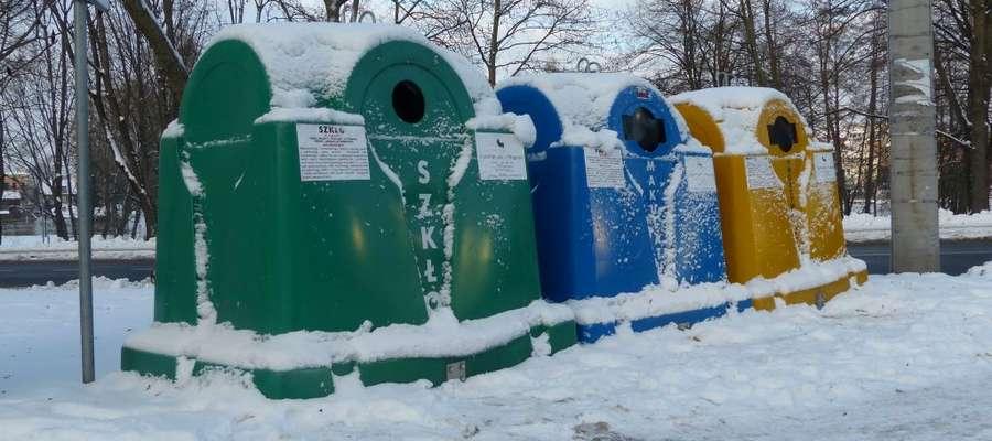 Kontenery do recyklingu śmieci w Mrągowie