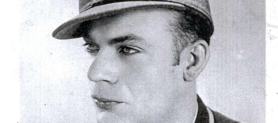 Werner Grunwald,  elbląski grafik, malarz i prozaik w mundurze żołnierza Wehrmachtu