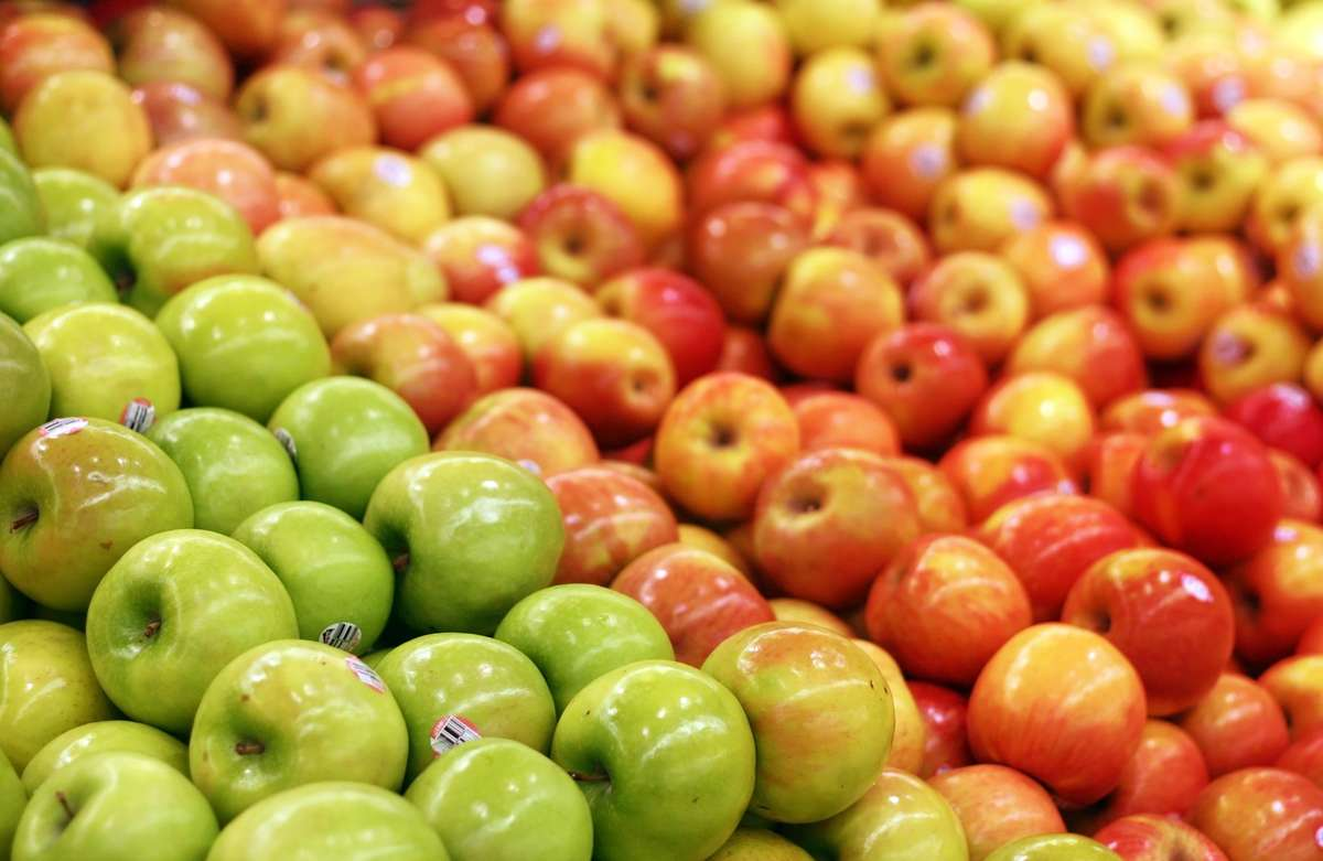 Co oznaczają naklejki na owocach i warzywach? - full image