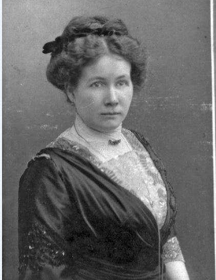 Joanna Pieniężna - matka, żona i siostra redaktorów Gazety Olsztyńskiej - full image