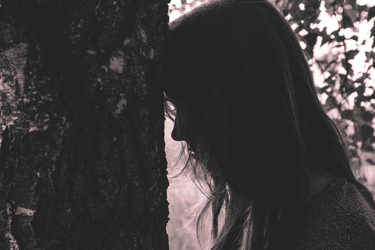 Smutek, który trwa zbyt długo. To może być depresja - full image