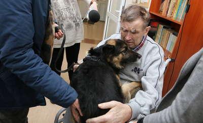 Śmiertelnie chory nie zdążył znaleźć opiekuna dla ukochanego psa. Rex wciąż szuka domu