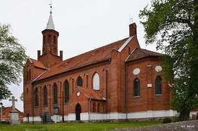Świątki: Kościół pw. św. św. Kosmy i Damiana