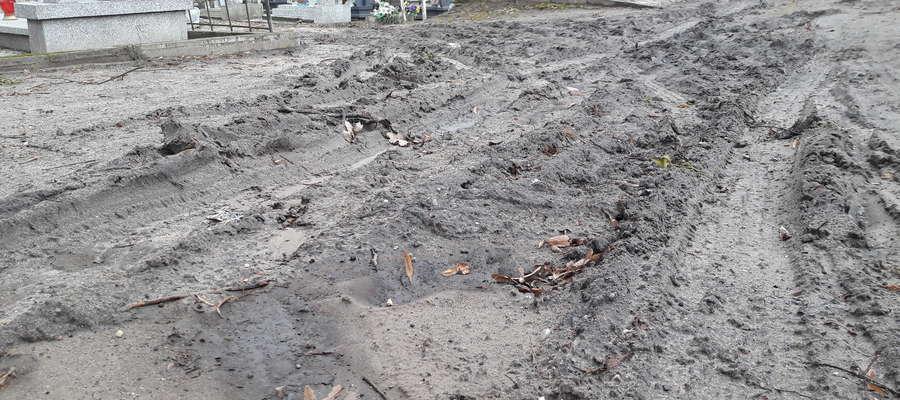 Aleje na cmentarzu przy ul. Ostródzkiej to obraz nędzy i rozpaczy