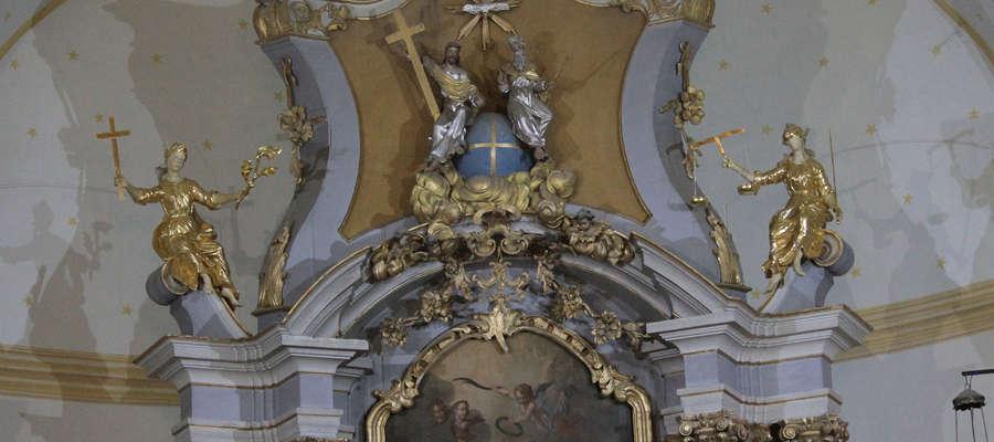 Zwieńczenie ołtarza głównego w Bisztynku zostanie odrestaurowane dzięki ministerialnej dotacji