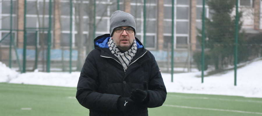 Trener Wojciech Tarnowski (Rolimpex GKS Wikielec)