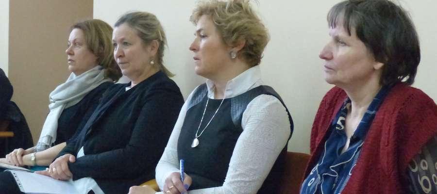 W sesji miejskiej uczestniczyły dyrektorki iławskich podstawówek i gimnazjów