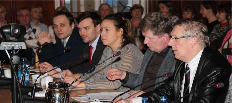 Radni debatowali nad projektem sieci szkół