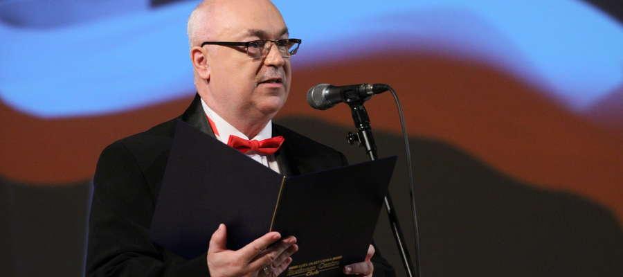 """Wiesław Łubiński, kanclerz Loży Olsztyńskiej BCC oraz organizator """"Kosynierów Przedsiębiorczości""""."""