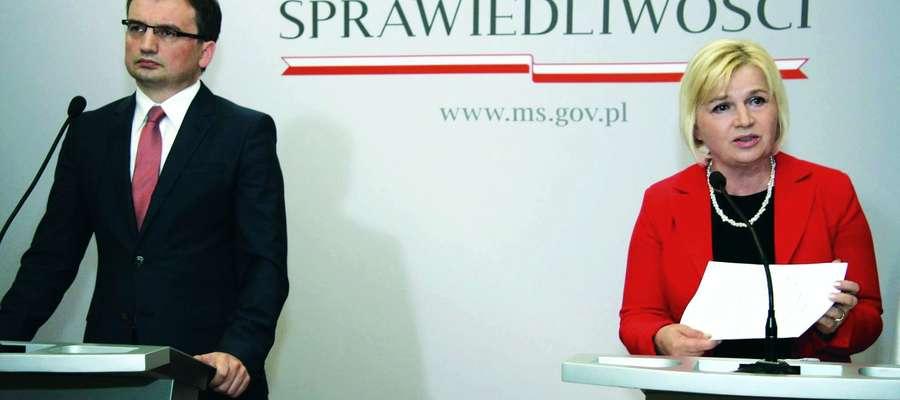 Senator Lidia Staroń i Zbigniew Ziobro, minister sprawiedliwości chcą zmian w prawie, by skuteczniej walczyć z lichwą