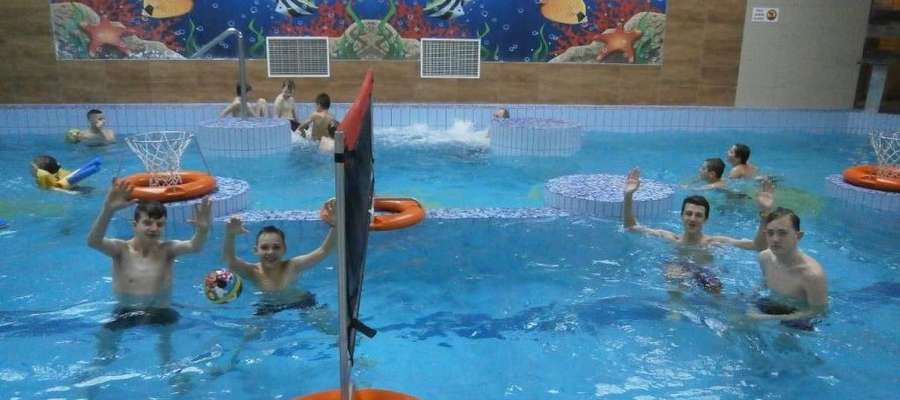 Podczas wizyty na basenie w Iławie