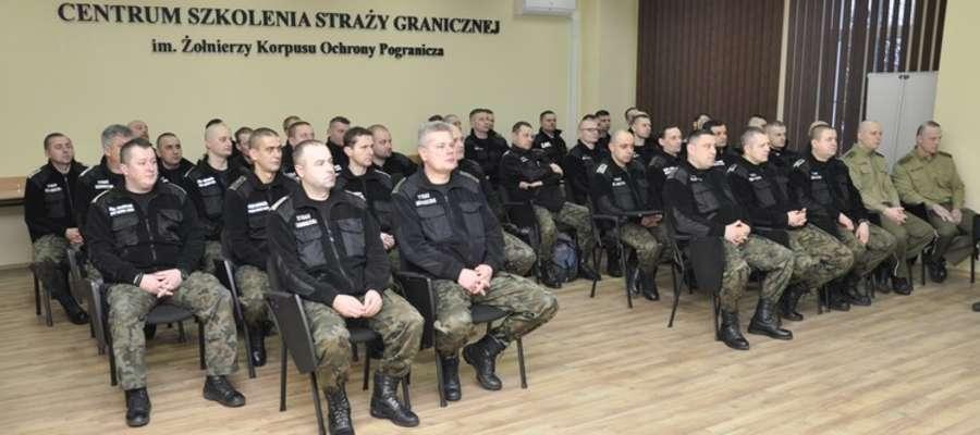 Czterdziestu funkcjonariuszy Straży Granicznej przystąpiło do szkolenia.