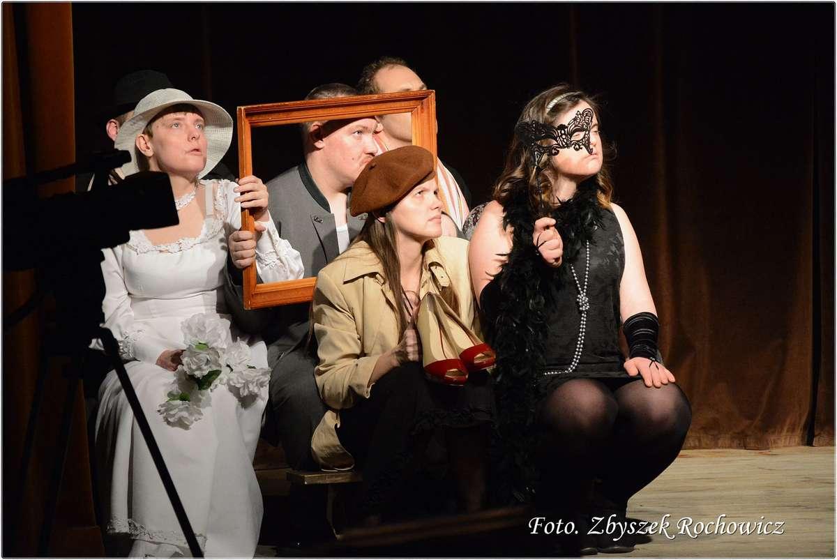 Międzynarodowy Dzień Teatru z Teatrem Przebudzeni w Mrągowie - full image