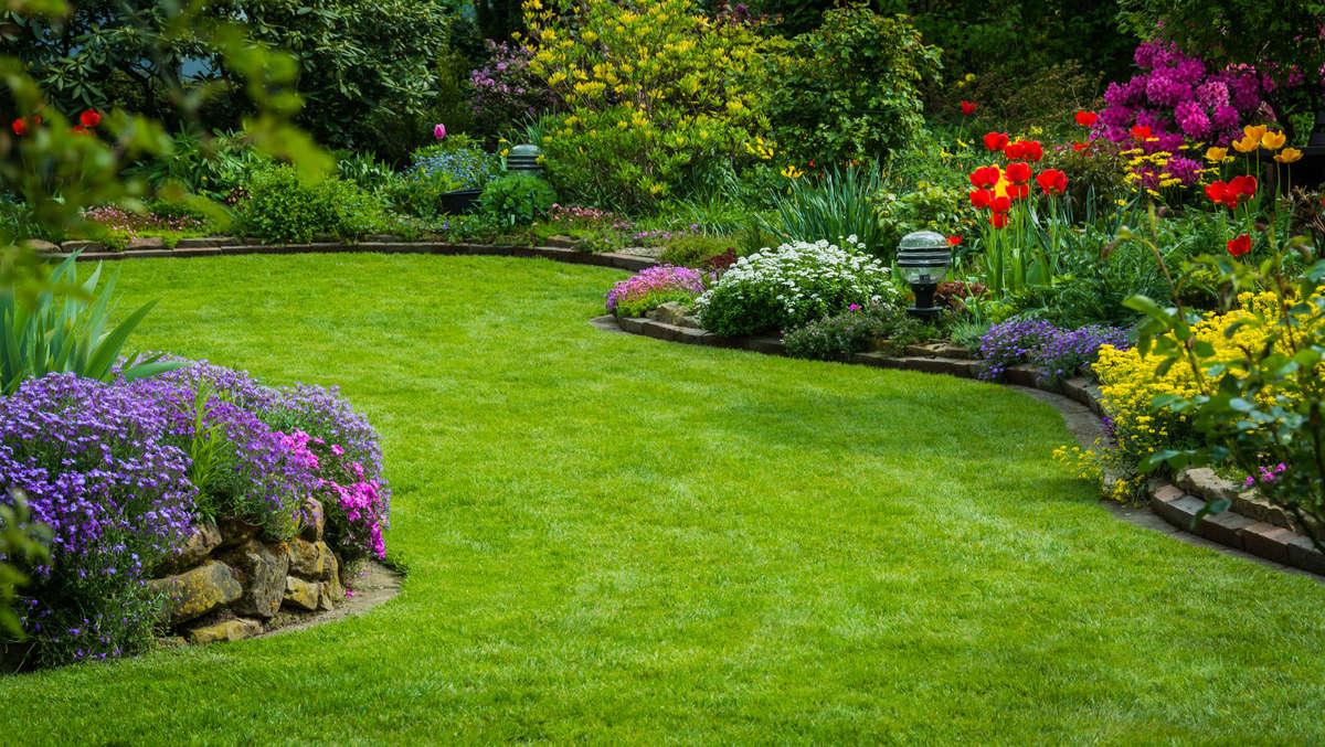 Koniec marca jest ostatnim momentem na wykonanie wiosennych prac w ogrodzie  - full image