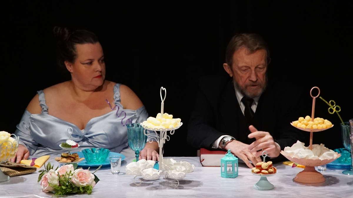 Teatr zaprasza na Samobójcę - full image