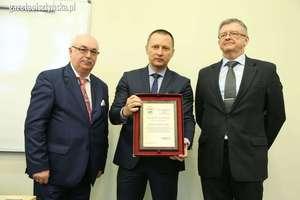 Посол России в ВМУ. Отметили газету «По-соседски»