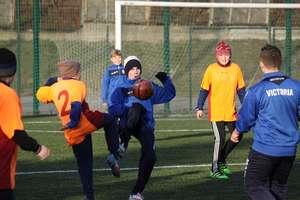 Sparing młodych piłkarzy Victorii z rówieśnikami z Olimpii Gwardiejsk