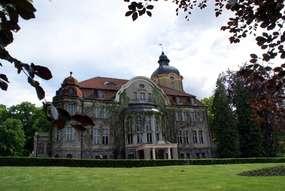 Pałac w Łężanach ponownie planem filmowym