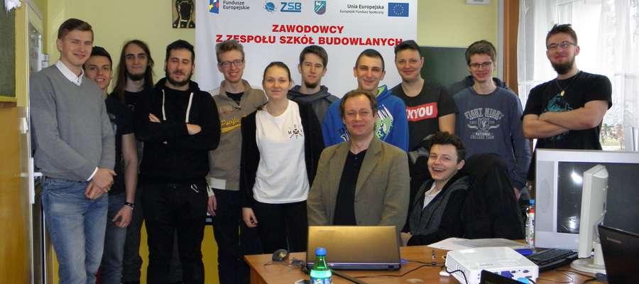 Uczniowie Zespołu Szkół Budowlanych w Braniewie są świadomi tego, że każda dodatkowo zdobyta umiejętność czy ukończony kurs może pomóc im w znalezieniu lepszej pracy