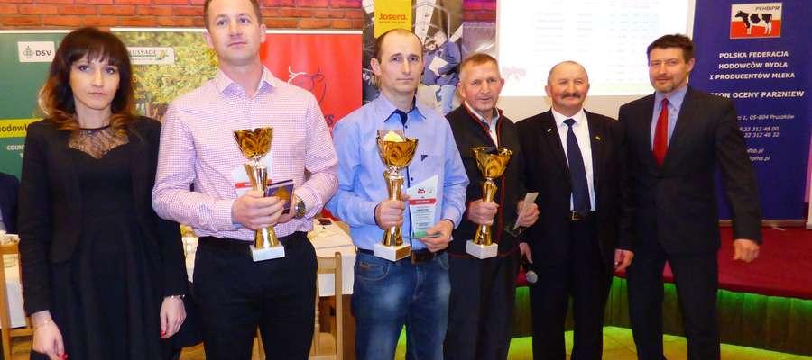 Pierwsze miejsce zajął Stefan Kocięda, drugie Jarosław Kopacz i trzecie Piotr Magdziński Fot. Iwona Łazowa
