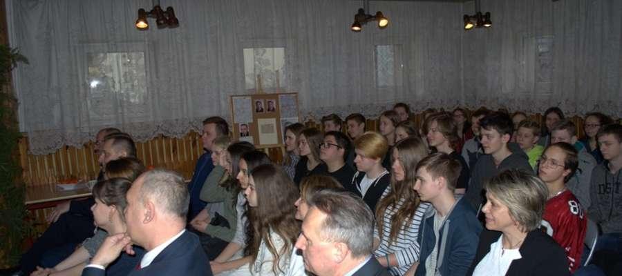Uczniowie z zaciekawieniem wysłuchali prelekcji.