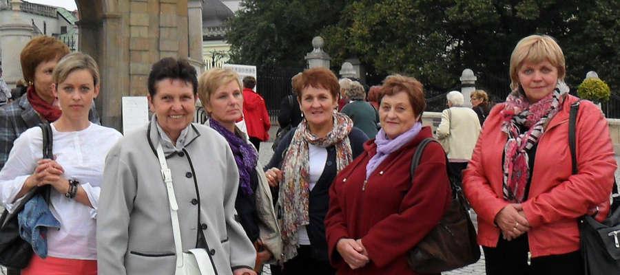 Aktywne kobiety wsi Babiak oraz nagrodzona w ubiegłym roku Sołtys Anna Czeryba
