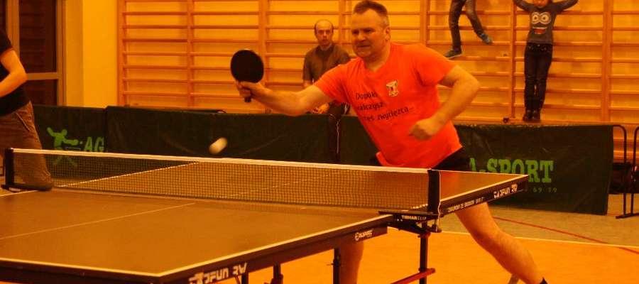 Podczas gminnej rywalizacji przy tenisowych stołach