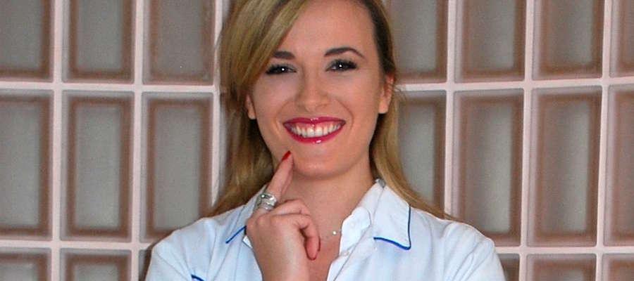 Agnieszka Pszenna jest absolwentką Gdańskiego Uniwersytetu Medycznego oraz studiów II stopnia o specjalności Usługi Żywieniowe i Dietetyka, na Akademii Morskiej w Gdyni