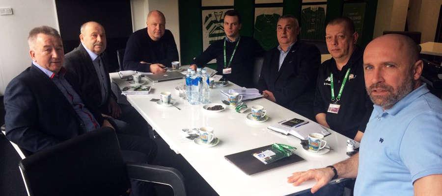 W środę doszło do oficjalnego spotkania przedstawicieli obu klubów. Omawiane były wszelkie szczegóły meczu, do którego dojdzie 25 marca
