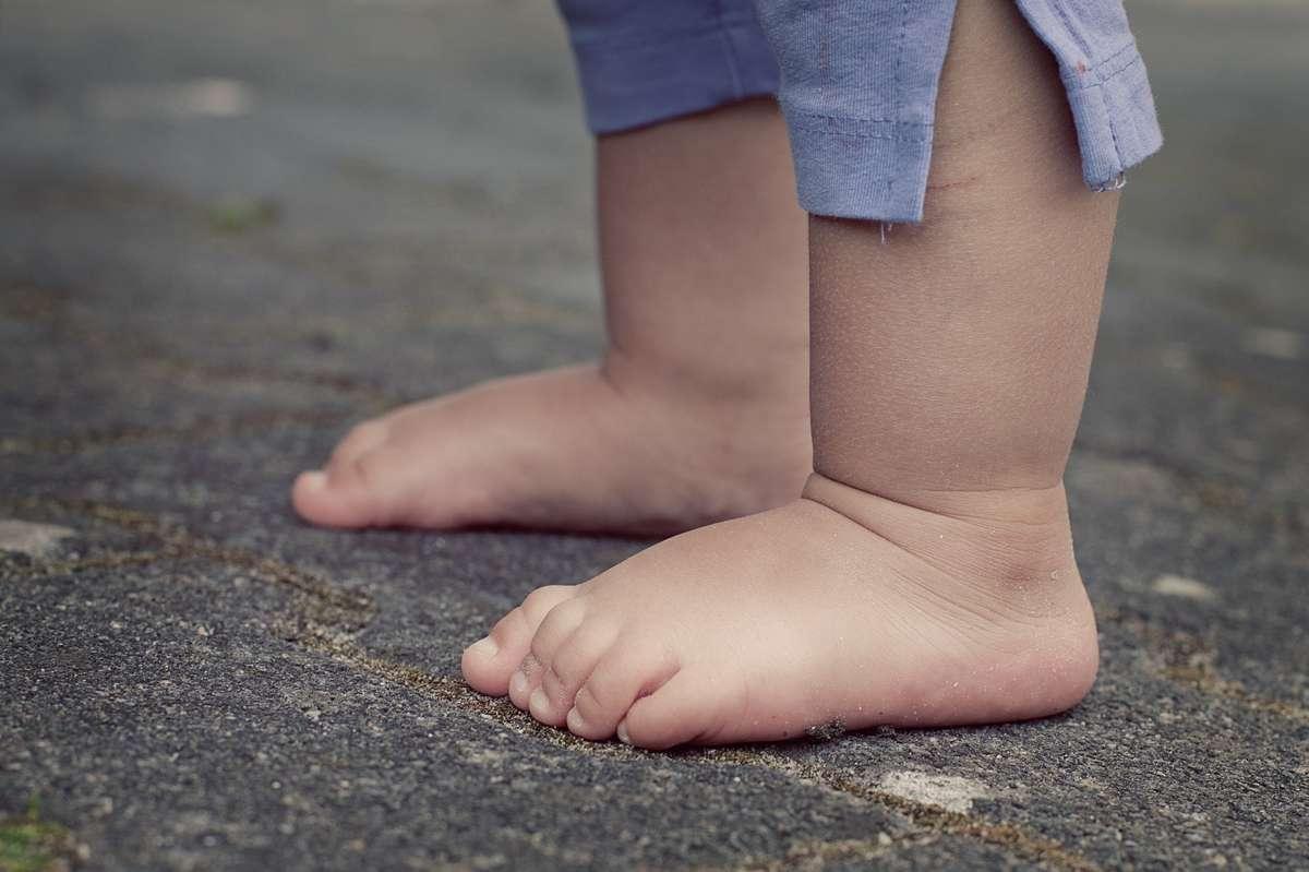 Ćwiczenia na płaskostopie u dziecka - full image